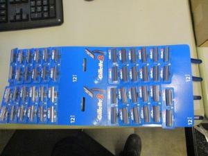 Wholesale Shaving Razor & Blade: Gillette G2 Carded Special Offer
