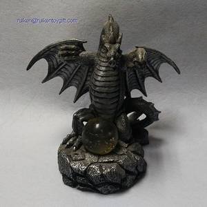 Wholesale Resin Crafts: 8 Inch Grey Resin Dragon Statue with Ball