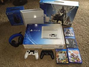Wholesale games cable: Buy 2 Get 1 Free & Accept Paypal Sony Play Station 4 Bundle - 2 Controllers, Games, Cables