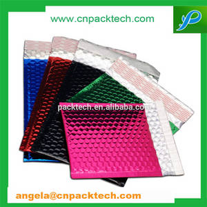 Wholesale bubble mailer: Reusable Metallized Bubble Mailers for Gift Packaging