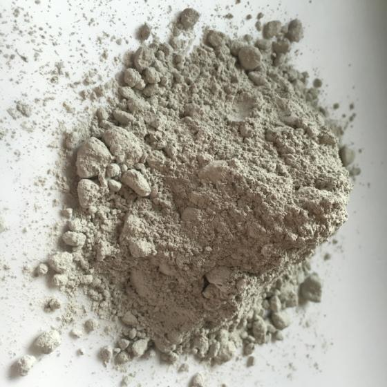 Sell unshaped refractory materials