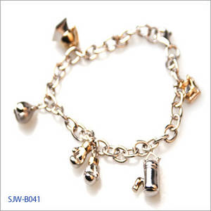 Wholesale bracelet: Jewelry - Boxing Charm Bracelet (Set: Pendant, Earring)