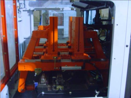 Sell 10Liter IML Extrusion blow molding machine