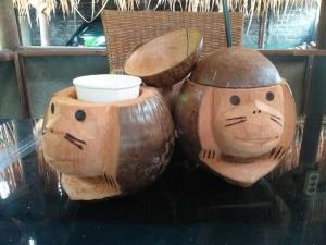 Wholesale drinkware: Coconut Handycraft