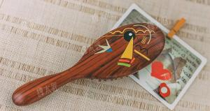 Wholesale Comb: Wooden Comb,Happy Fish,Lap-up,Wholesale,Lasted