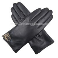 Sexy Ladies Leather Glove for Winter with Leopard Details and Button