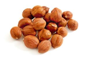 Wholesale promote nutrition: Whole Raw Hazelnuts Vegan and Gluten Free Certified Organic /Bio Private Label / Bulk Made in EU