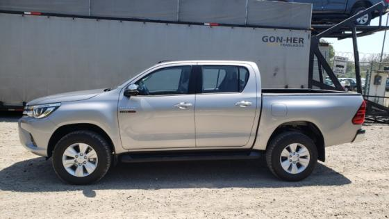 Sell For sale Cheap Used and New Car Toyota hilux 4x4 Double Cab
