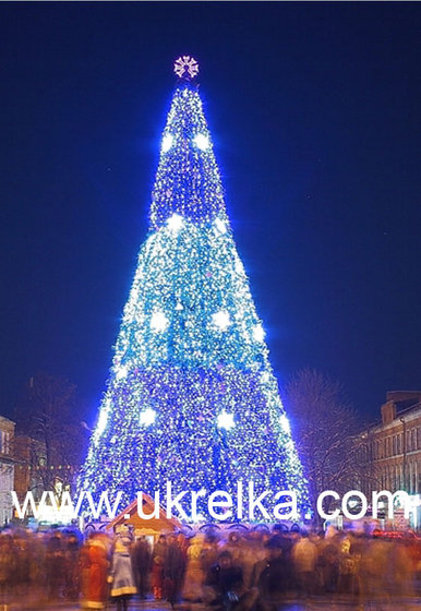 Giant Artificial Christmas Trees With Led Outdoor Lighting