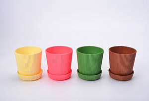 Wholesale fern: 6 Multicolored Circle Flower Plant Pots / Planters with Saucer Pallet