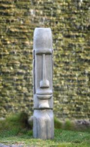 Wholesale home decorative: Easter Island Moai Statue for Home and Garden Decoration