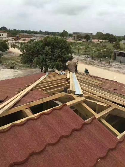 Sell stone coated steel roofing tiles