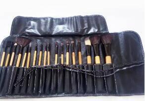Wholesale fashion brushes: Fashion Professional 18 PCS Makeup Brush Set Tools Make-up Toiletry Kit Premium Full Function Wool B