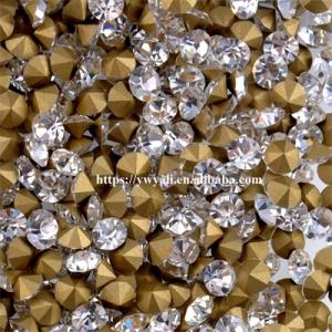 Wholesale Garment Accessories: Factory Direct Sale White Point Back Glass Rhinestone for Garment