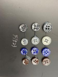 Wholesale Buttons: Aparel Use Hot Sale China Plastic Buttons Polyester Button
