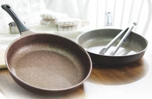 Wholesale Frying Pans & Skillets: Aluminum Diecast Marble Coaited Nonstick Frying Pan.