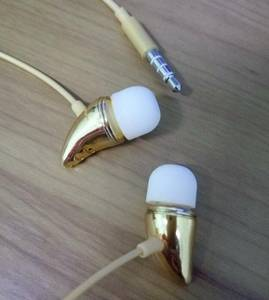 Wholesale fashion: Fashion Gremlins Headphone